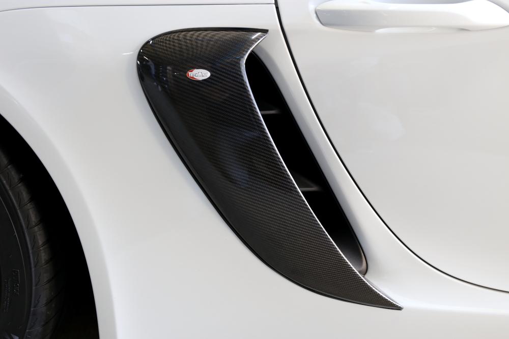 Porsche 718/Cayman & カーボンサイドダクトカバー+カーボンバンパートリム!!