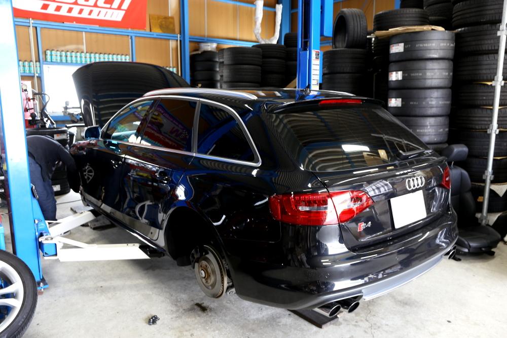 Audi S4/B8.5 Avant & 車検+メンテナンス施工+オイル交換+バッテリー交換+フットペダル+BC FORGED!!