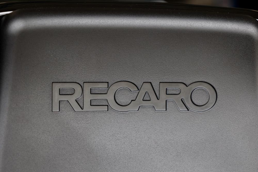 Porsche 981/Cayman S & RECARO PRO RACER RMS 2700G+SCHROTH4点式ベルト!!