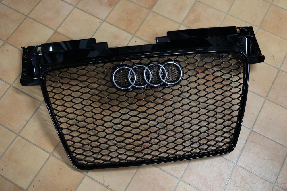 Audi TT/8J & Audi TTRS純正 本国ブラックグリル!!