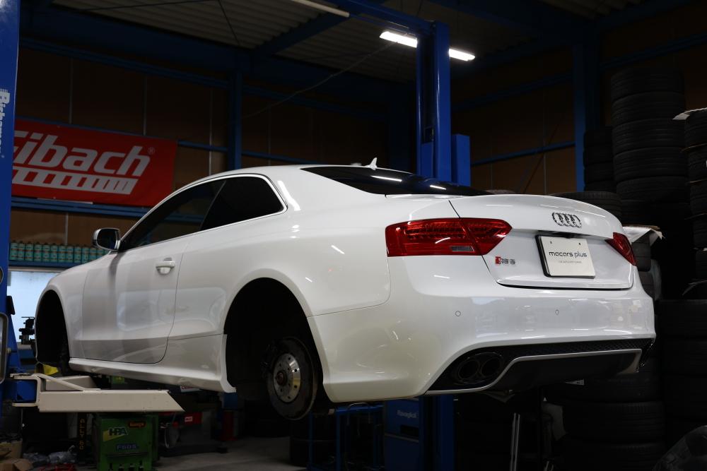 Audi RS5/8T & YUPITERUレーダー・ドラレコ+ホイール&キャリパーコーティング施工!!