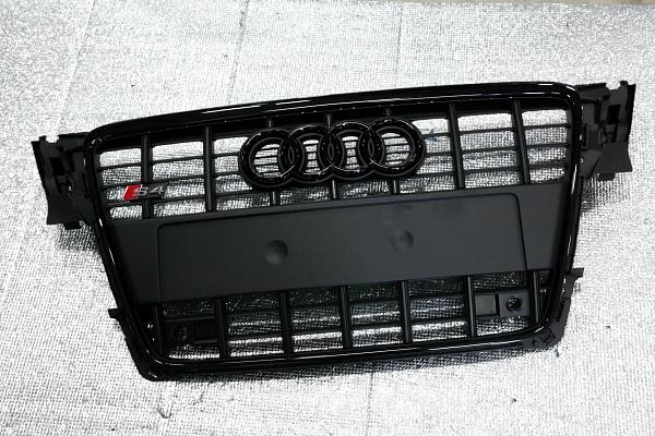 Audi A4/B8アバント+S4/グリル & 食べログ!!