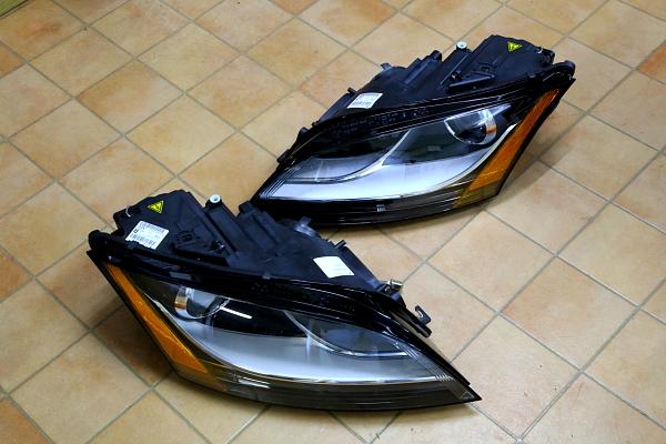 TT-S純正USヘッドライト・TT-RSバンパー・サイドスカート装着!!
