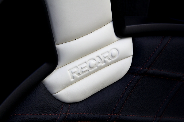 BMW E89/Z4 + RECARO Sportster Limited Edition!!