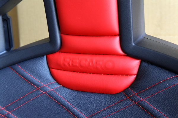 RECARO Sportster Limited Edition & DRY CABONバックシェル!!