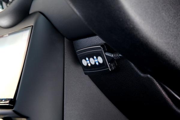 『PEDALBOX』 & BMW MINI クラブマン・VW MK7/GTI装着+コーディング変更!!