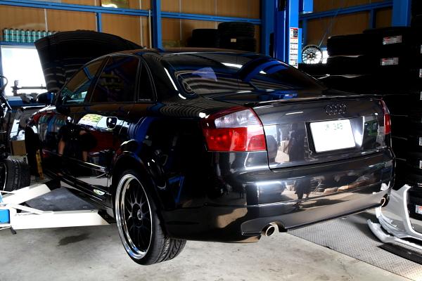 Audi A4/B6 A3/8P & タイヤ交換ご依頼!!