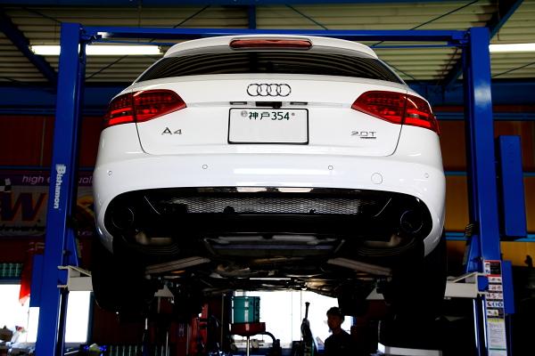 Audi A4/B8 A5/SB TT/8J & 車検+メンテナンス+オイル交換!!