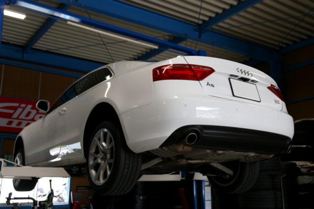 Audi A5/B8 3.2L & DC PLUS+プラグ+エアコン消臭+ATF・デフオイル交換施工!!